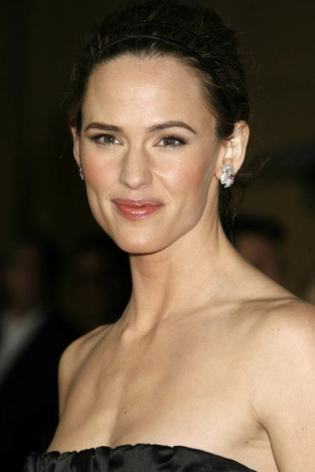 Jennifer Garner at the Catch and Release premiere
