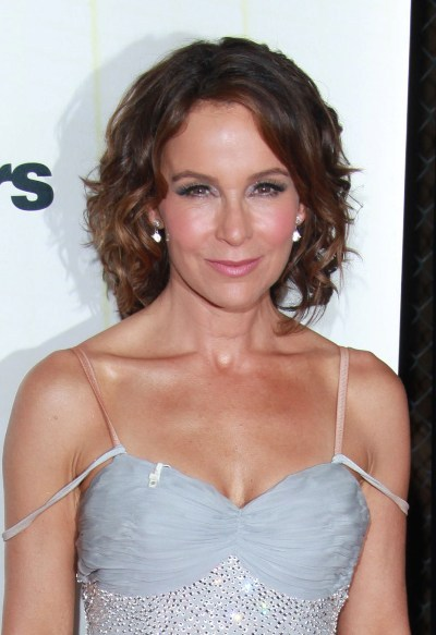 Jennifer Grey's wavy, brunette hairstyle for Dancing With the Stars