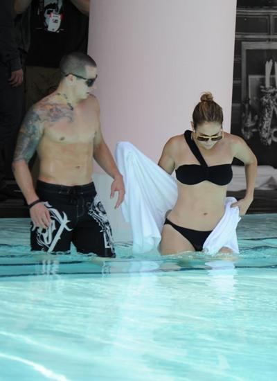 Jennifer Lopez at the pool