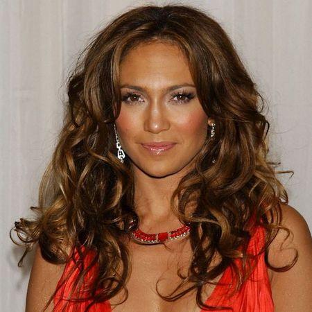 Jennifer Lopez red hot