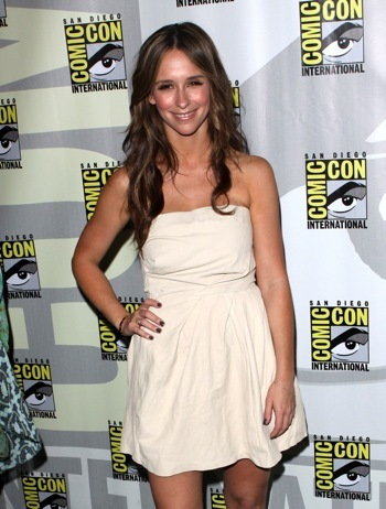 Jennifer Love Hewitt promoting her show