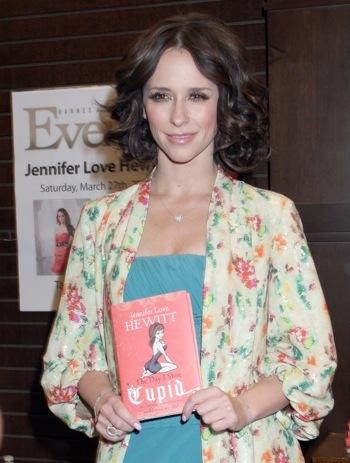 Jennifer Love Hewitt the author