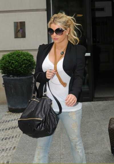 Jessica Simpson in torn jeans