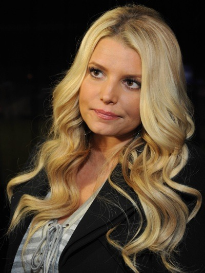 Jessica Simpson's carefree hairstyle