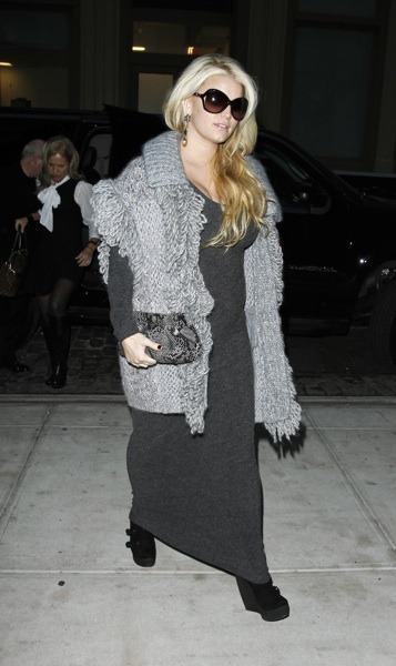 Jessica Simpson's layered style