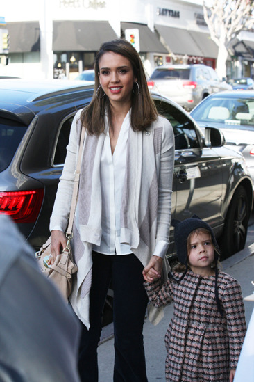 Jessica Alba & her daughter at an event in Santa Monica