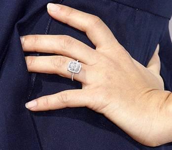 Jessica alba wedding ring
