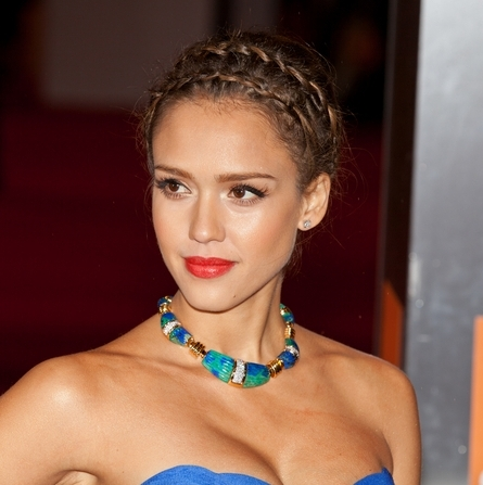 Jessica Alba&#039;s Double Braid