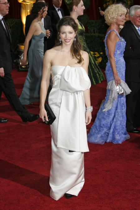 Jessica Biel at the 2009 Oscars
