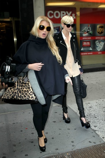 Jessica Simpson hits NYC with Ashlee