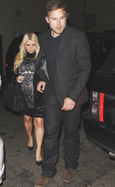 Pregnant Jessica Simpson and Eric Johnson leave Mastro's in LA