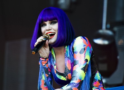 Jessie J with a deep hue