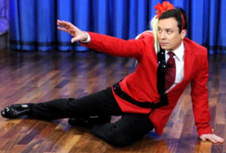 Jimmy Fallon Spoofs Kate Gosselin&#039;s &amp;quot;Paparazzi&amp;quot; Dance