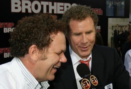 John C. Reilly and Will Ferrell talk to ET at the Step Brothers premiere