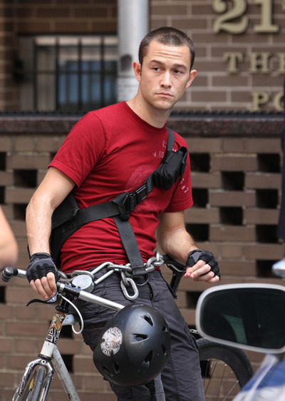 Joseph Gordon-Levitt on set of Premium Rush