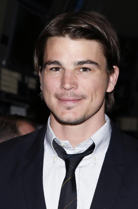 Josh Hartnett wall street