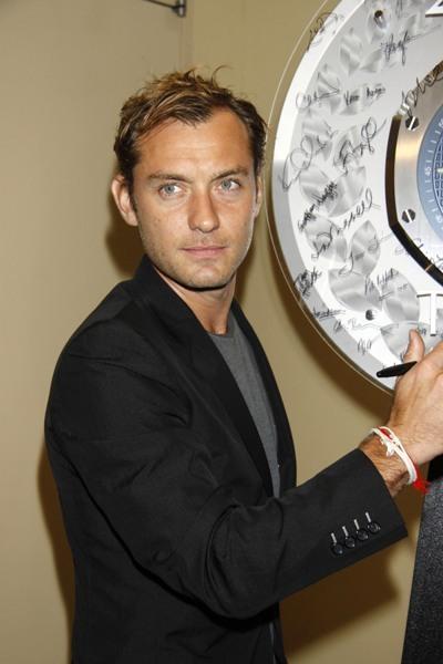 Jude Law at the 2010 Tony Awards