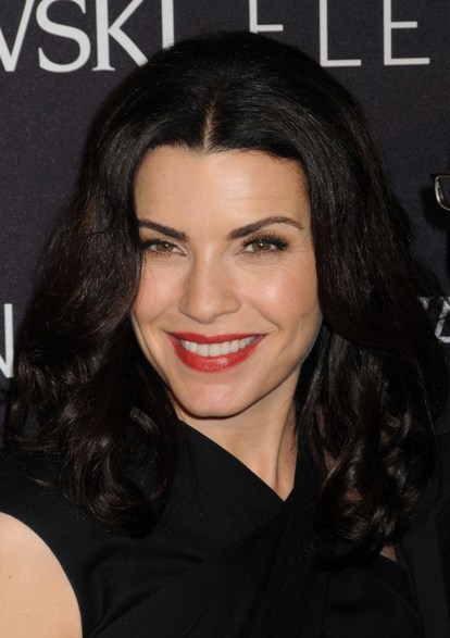 Julianna Margulies' gorgeous, wavy hairstyle