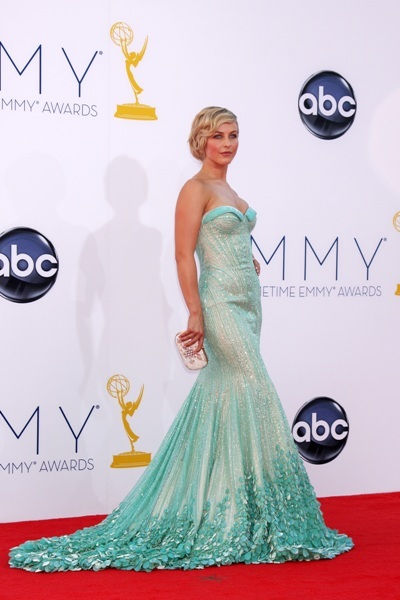 Jullianne Hough is all glamour at Emmys