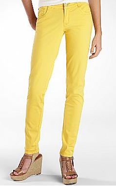 Juniors yellow skinny jeans