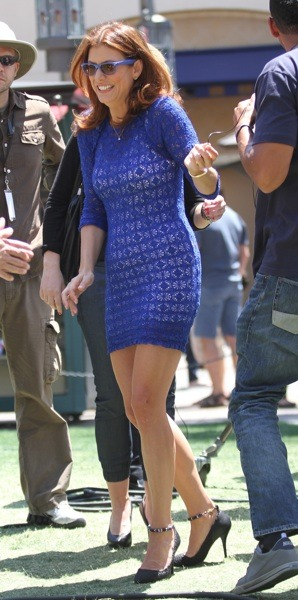 Kate Walsh in crocheted top