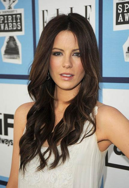 Kate Beckinsale long and layered hairstyle