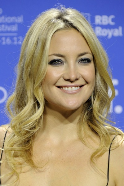 Kate Hudson with loose waves