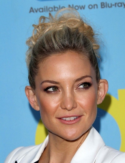 Kate Hudson up-do