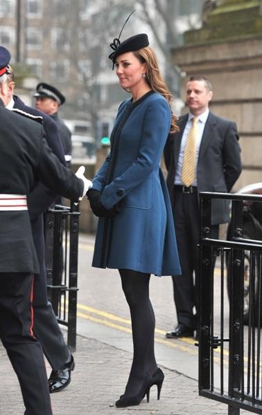 Kate visits Baker Street