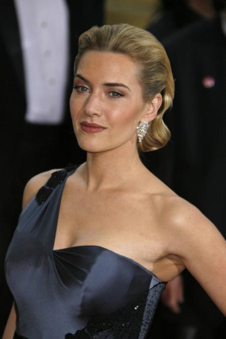 Best Actress winner Kate Winslet
