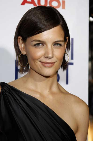 Katie Holmes with a Sleek, Polished Bob
