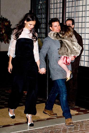 Katie Holmes, Tom Cruise and Suri leaving Manhattan hotel
