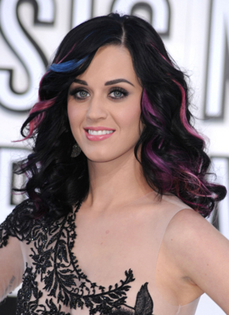 Katy Perry's colorful streaks