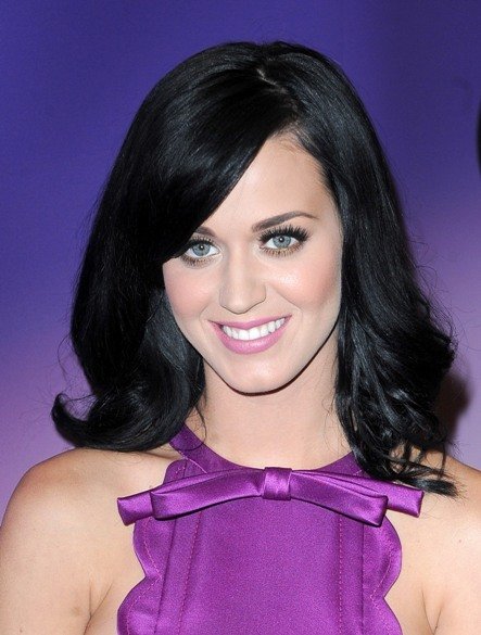 Katy Perry's raven-colored hairstyle