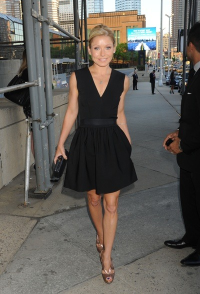 Kelly Ripa in black dress