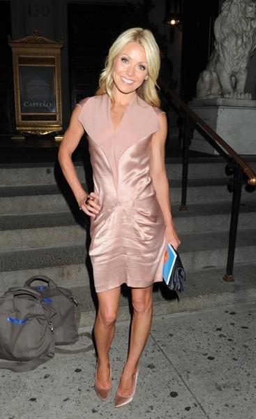 Kelly Ripa in chapagne dress