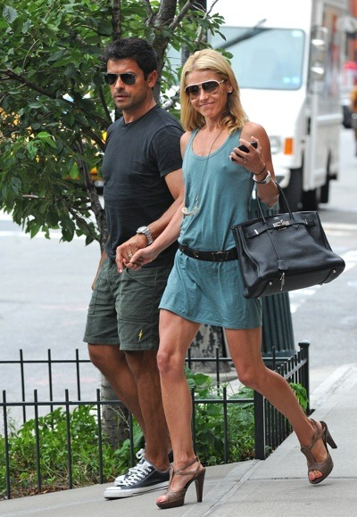 Kelly Ripa in blue mini dress
