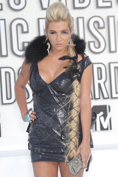 Ke$ha's crazy long braid at the 2010 VMAs