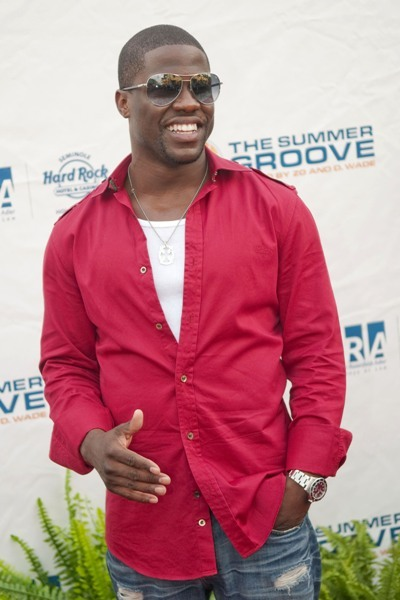 Kevin Hart is funky fab