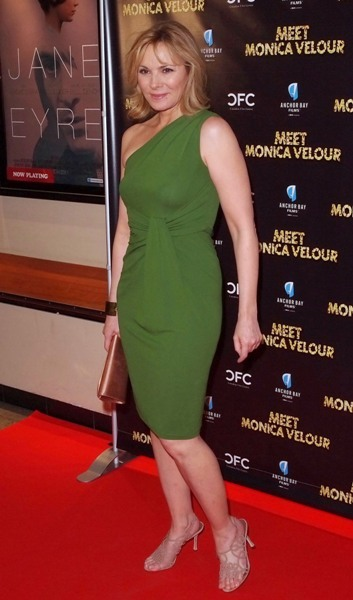 Kim Cattrall gorgeous in green on the red carpet