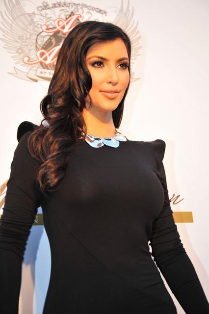 Kim Kardashian Long Side Swept Hairstyle