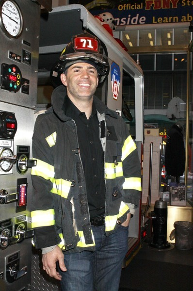 Kurt Warner looking studly in fireman gear