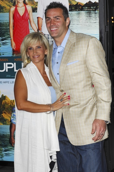 Kurt Warner with his wife at the Premiere of 'Couples Retreat'