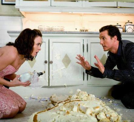 Lacey Chabert and Matthew McConaughey in Ghosts of Girlfriends Past.