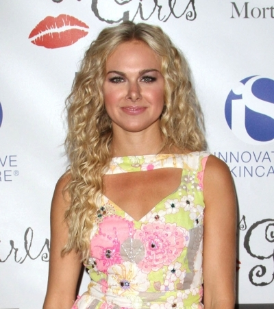 Laura Bell Bundy's mermaid waves