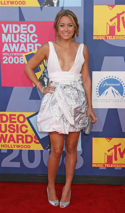 Lauren Conrad poses at the 2008 MTV Video Music Awards