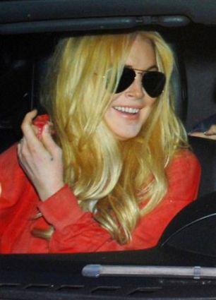 Lindsay Goes Blonde