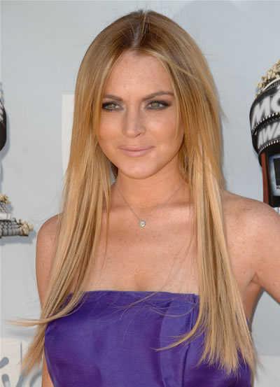 Lindsay Lohan straight and sexy