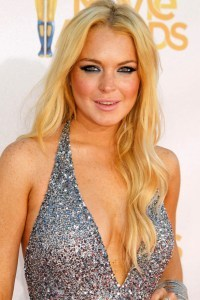 Lindsay Lohan shows off the cleavage!