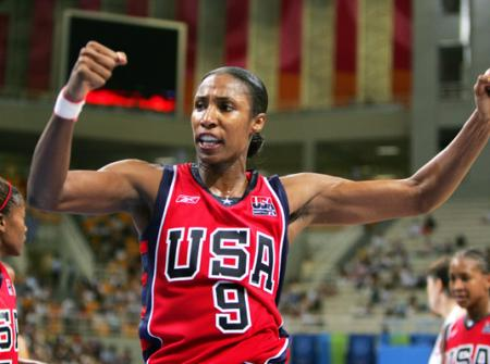 Lisa Leslie Playing for Team USA